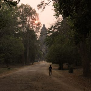 cambodge siem reap ankor wat sunset hiker - Apogée voyages