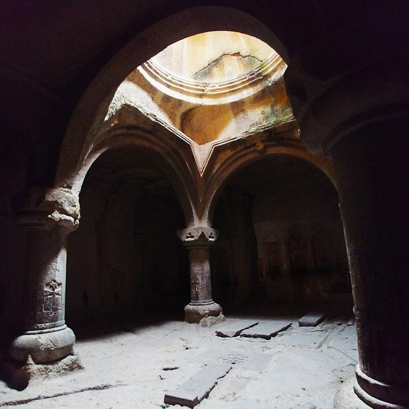 Arménie Geghard monastère - Apogée Voyages